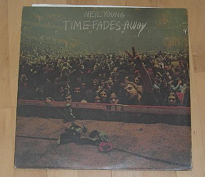 Neil Young, Time fades Away